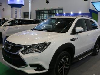 我国新能源汽车产销稳定增长 今年销量有望突破70万辆
