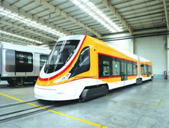世界运营海拔最高有轨电车青岛造 充电只需30秒
