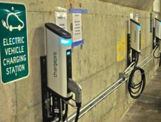 2023年电动车充电市场或超300亿美元