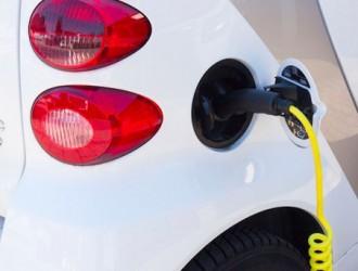 天津推广新能源车近9万辆 建成公共充电桩1.1万个
