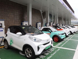中国8月汽车销量微降 新能源逆势增长