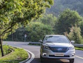 新能源汽车,何时突破里程的魔咒?