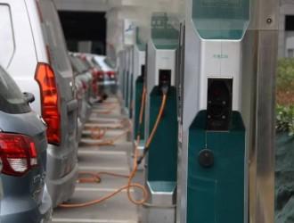 清远新建住宅小区将纳入电动自行车集中停放场所和充电设施设计