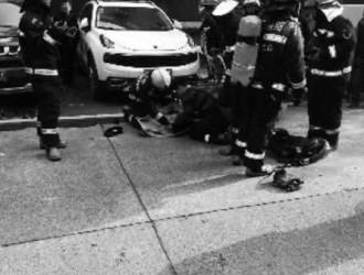 """电动自行车电瓶爆炸 杭州消防释疑为啥电瓶常常会""""发火"""""""