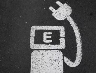 """大多私人充电桩闲置,共享经济能否解决车主""""充电焦虑""""?"""