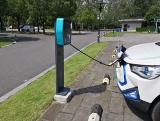 山东2022年底前要建10万个充电桩 充电车位