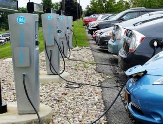 欧盟将投200亿欧元建设充电桩