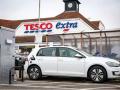 英国超市充电桩数量猛增至1115个 2年内翻番