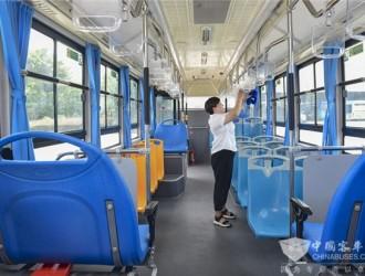 """颠覆传统公交 盘毂动力全球首创""""地铁巴士"""""""