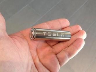 """特斯拉推""""换电""""服务,只需2万电池换新?"""