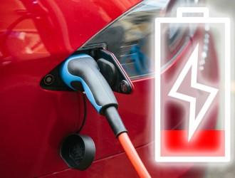 两会再提增加汽车消费,增设充电桩、换电站为普及新能源汽车铺路