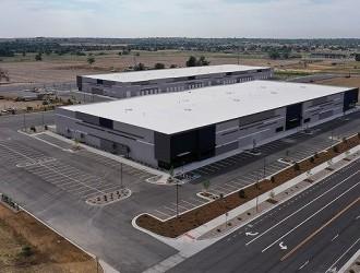 宝马和福特投资的电池厂将在2022年初试生产固态电池