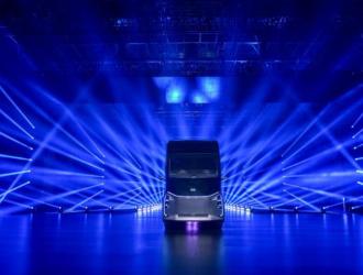 百度智能重卡来了 支持L4级自动驾驶还能换电