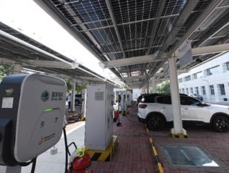 新能源汽车下乡焦虑充电桩